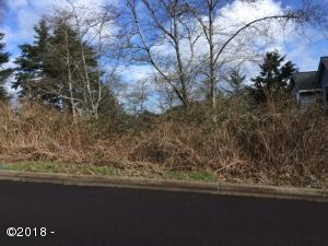 2490 NE 27th Dr, Lincoln City, OR 97367 - From 27th