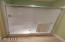 715 SW Bard Rd, Lincoln City, OR 97367 - Master Bathroom Bath Tub
