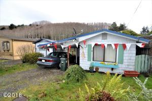 750 Clearlake Ave, Winchester Bay, OR 97467 - Cover