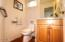5150 Pelican Ln, Gleneden Beach, OR 97341 - Half Bath