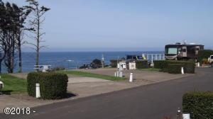 6225 N. Coast Hwy Lot 46, Newport, OR 97365 - Ocean view across lots to the NW.