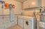 1202 NW Pacific Way, Waldport, OR 97394 - Laundry