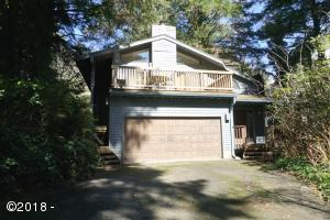 2085 NE Arrowhead Way, Lincoln City, OR 97367 - Exterior 2