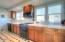 528 SW Smith Ct, Newport, OR 97365 - Kitchen 1