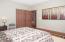 733 E Collins St, Depoe Bay, OR 97341 - Bedroom