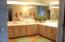 939 NW Highland Dr, Waldport, OR 97394 - master bath