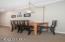 890 SE Bay Blvd, 305, Newport, OR 97365 - Dining Area
