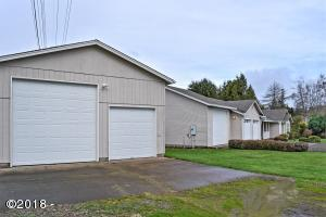 850 SW Darcy Ave, Siletz, OR 97380
