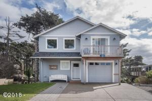 1636 NW 36th St., Lincoln City, OR 97367 - Curbside