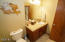 859 SW 8th St., Lincoln City, OR 97367 - Guest bath 4