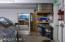 580 SW Range Dr, Waldport, OR 97394 - Garage