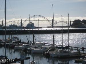 890 SE Bay Blvd, 108, Newport, OR 97365 - Marina