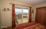 859 SW 8th St., Lincoln City, OR 97367 - Guest views