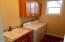 1498 SE 43rd St, Lincoln City, OR 97367 - Utility room