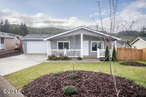 170 SE Whalesong Dr, Depoe Bay, OR 97341