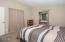 516 NW 56th St, Newport, OR 97365 - Master Bedroom