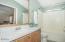 516 NW 56th St, Newport, OR 97365 - Master Bathroom