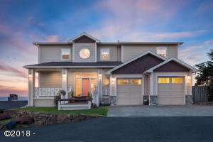 5045 NW Jetty Ave, Lincoln City, OR 97367