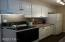 1052 NE Fogarty St, Newport, OR 97365 - Kitchen