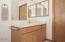9290 Trout Pl., Gleneden Beach, OR 97388 - Master Bathroom