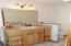 1110 NW Parker Ave, Waldport, OR 97394 - Master Bath