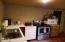 677 Little Switzerland Rd, Tidewater, OR 97390 - Kitchen