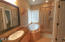 3576 NE Reef Dr, Lincoln City, OR 97367 - Master Bathroom