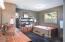 9556 S Coast Hwy, South Beach, OR 97366 - Oversized Master Bath