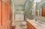 437 SW 5th St, Newport, OR 97365 - Apt bath