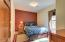 437 SW 5th St, Newport, OR 97365 - Bdrm 1 apt.