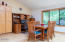 2137 NE Lake Dr, Lincoln City, OR 97367-4226 - Open dining area