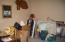 370 NE Williams Ave, Depoe Bay, OR 97341 - Free-standing room in garage