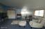 1710 NW Parker Ave, Waldport, OR 97394 - Family Room