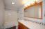 731 NE Grant St., Newport, OR 97365 - Full Bath
