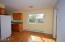 731 NE Grant St., Newport, OR 97365 - Dining Area