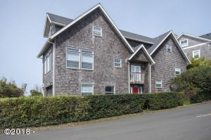 2729 SW Anchor Ave, Lincoln City, OR 97367 - Front Exterior View