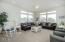 2729 SW Anchor Ave, Lincoln City, OR 97367 - Living room
