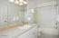 2729 SW Anchor Ave, Lincoln City, OR 97367 - Bedroom 4 Bathroom