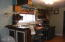 656 Cherry Ln, Toledo, OR 97391 - Bonus area in basement