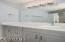 890 SE Bay Blvd, 208, Newport, OR 97365 - Full Bathroom - View 1