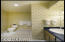 811 SW 12th St, Newport, OR 97365 - Master Suite Bath  #1