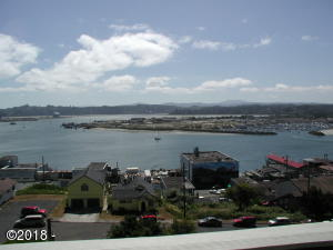 811 SW 12th St, Newport, OR 97365 - P7050016