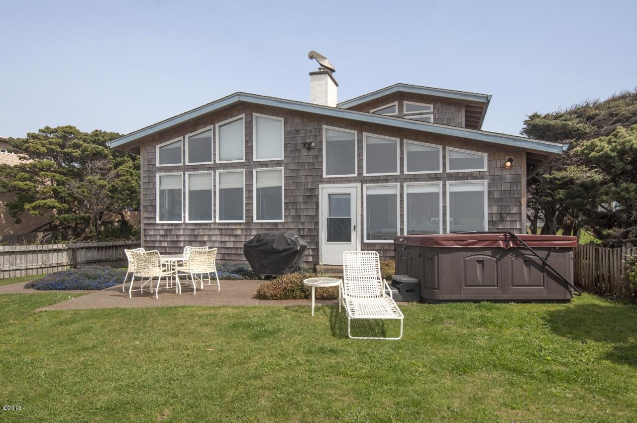 5141 NW Jetty Ave., Lincoln City, OR 97367 - Ocean Front Exterior