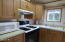 3700 N Hwy 101 #38, Depoe Bay, OR 97341 - Kitchen