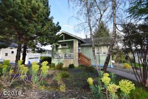 1130 NE Voyage Ave, Lincoln City, OR 97367