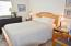 1130 NE Voyage Ave, Lincoln City, OR 97367 - Master bedroom