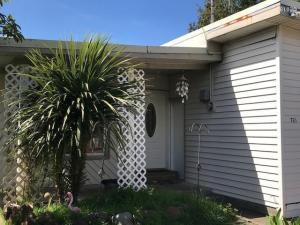 721 SE Port Ave, Lincoln City, OR 97367
