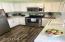 795 SE Juniper St, Prineville, OR 97754 - Kitchen