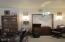 3240 NE Hideaway Ln, Yachats, OR 97498 - Living room b