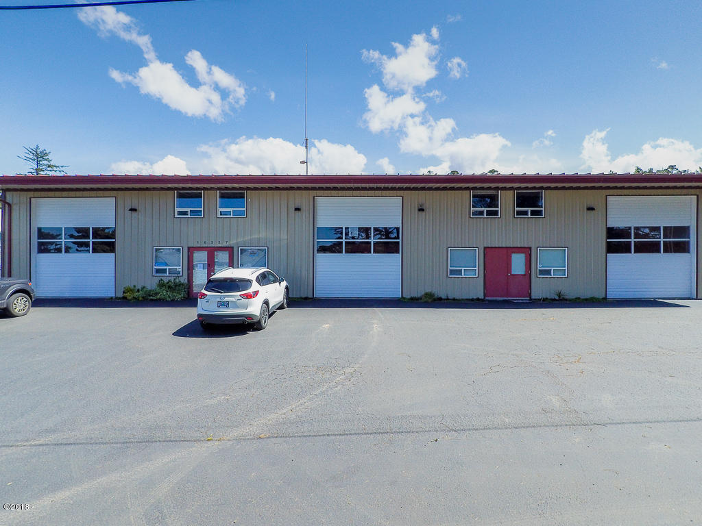 10227 NW Swallow St, Seal Rock, OR 97376